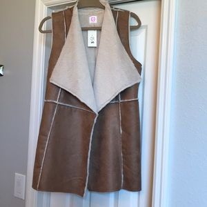NWT Faux Buck Skin and Fur Lined Women's Vest